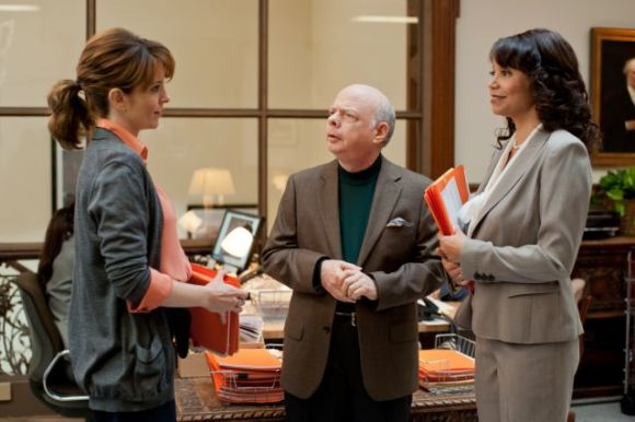 Tina Fey, Wallace Shawn and Gloria Reuben in Admission (2013)
